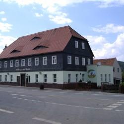 Illusionsmalerei und Fassadenanstrich